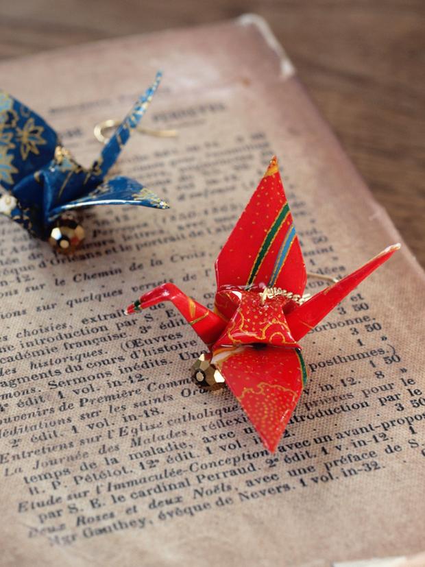 でも、耳元に鶴が飛んでいたら ... : 和風 折り紙 折り方 : すべての折り紙